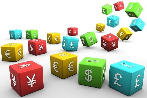 必要に応じて通貨を自動的に変換してくれる